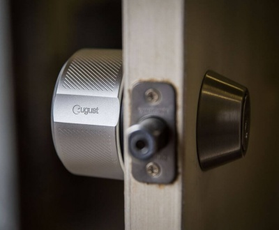 сигурна-брава